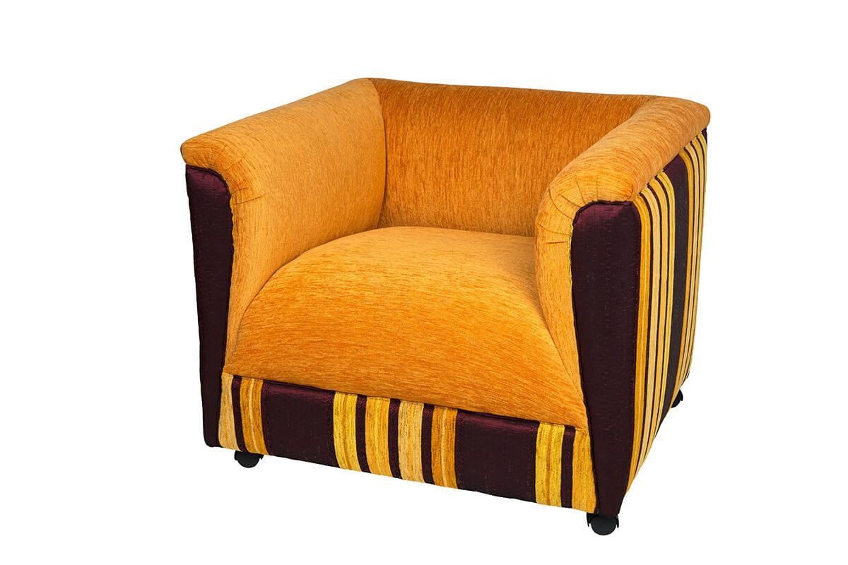 Krēsls O.Lè
